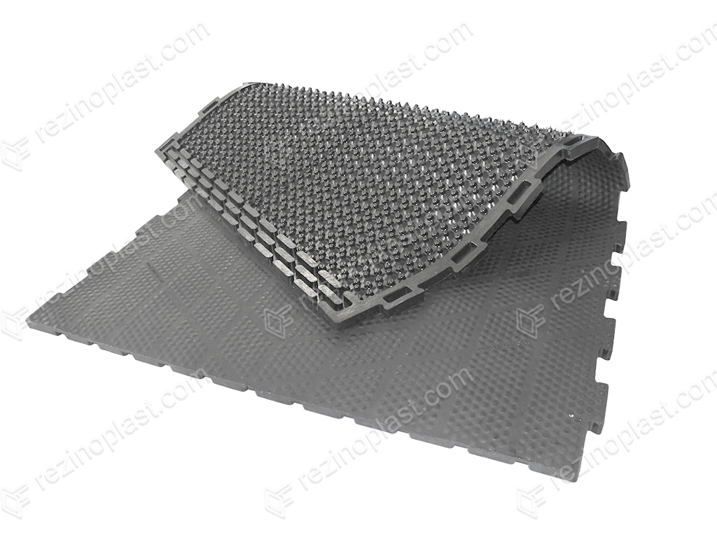 The rubber coating (mats for farm livestock)